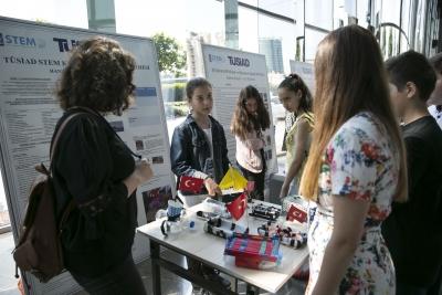 TÜSİAD STEM Kiti ve Öğretmen Eğitimi Fuarı'nda Öğretmenler Deneyimlerini Paylaştı