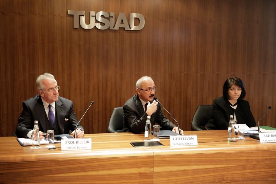 """Kalkınma Bakanı Lütfi Elvan TÜSİAD Üyelerine """"Cazibe Merkezleri Programı""""nı Anlattı"""